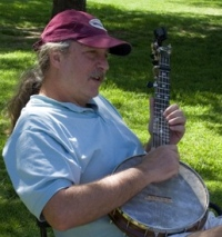 John Walkenbach Playing Banjo at James Kriegh Park